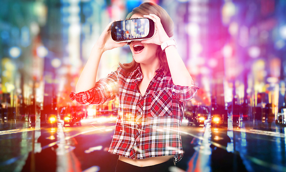 VR is Attracting Lady to Jump in Technology