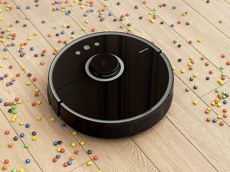 Get the Roborock S5 robot vacuum and mop for just $370