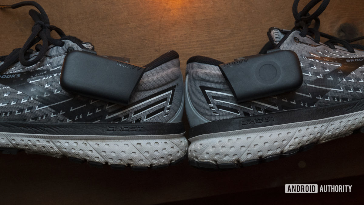 nurvv run review both trackers on shoe