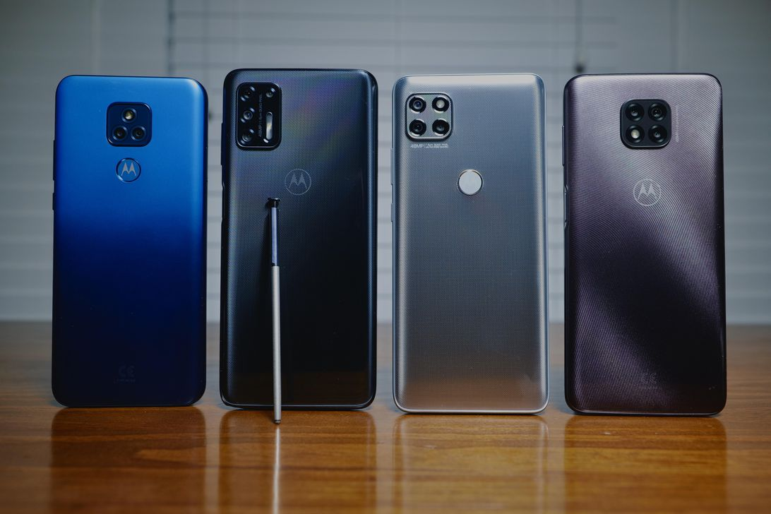 Motorola's 4 newest sub-$400 phones are here, and we went hands-on