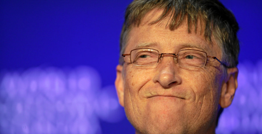 Bill Gates uses Android over iOS, as explained in chat