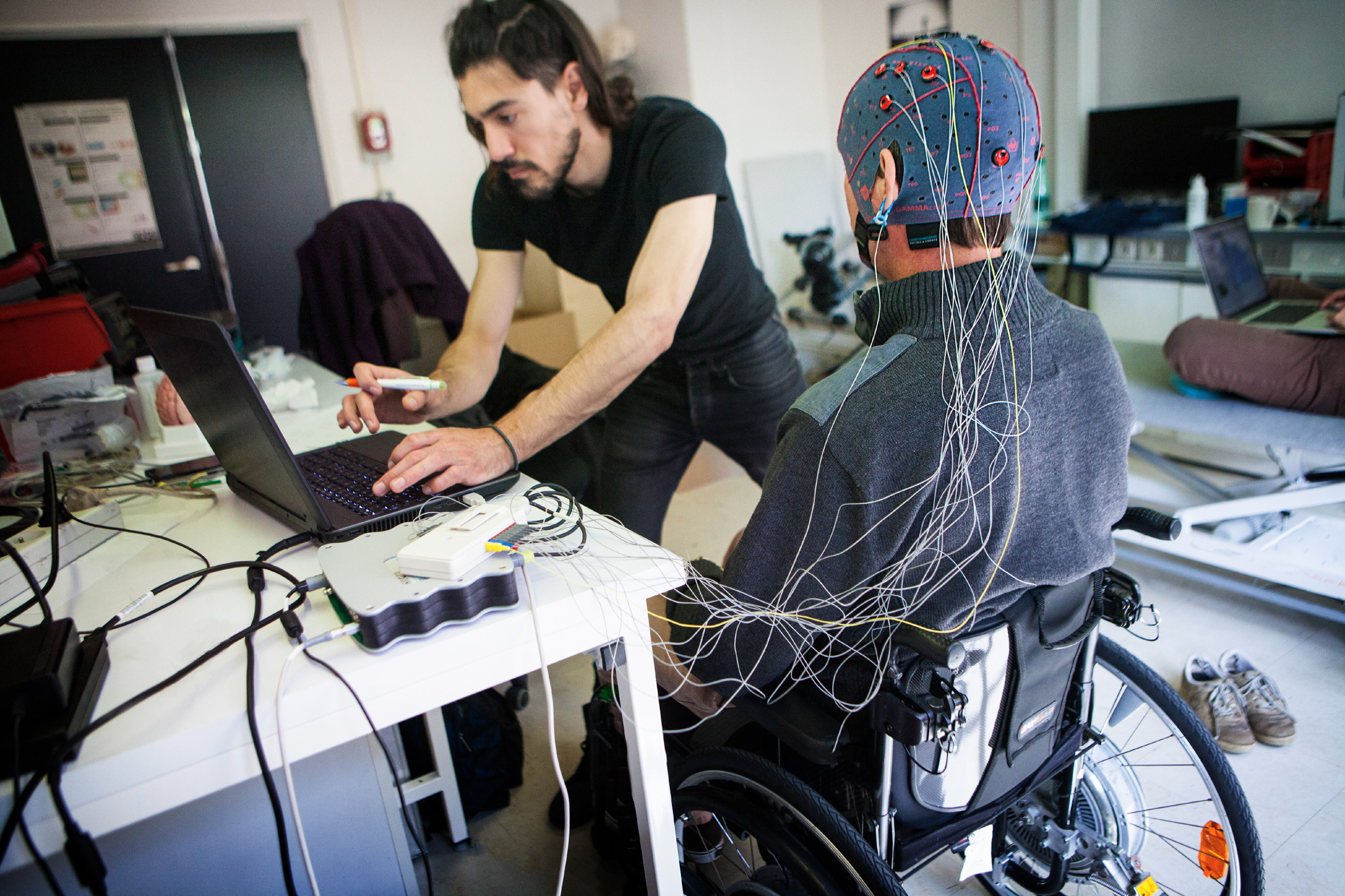 Cognixion's brain-monitoring headset enables fluid communication for people with severe disabilities – TechCrunch